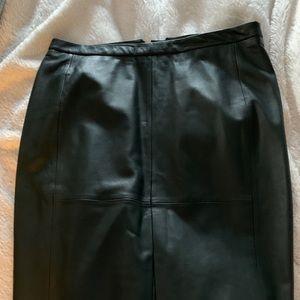 Banana republic hunter green leather pencil skirt